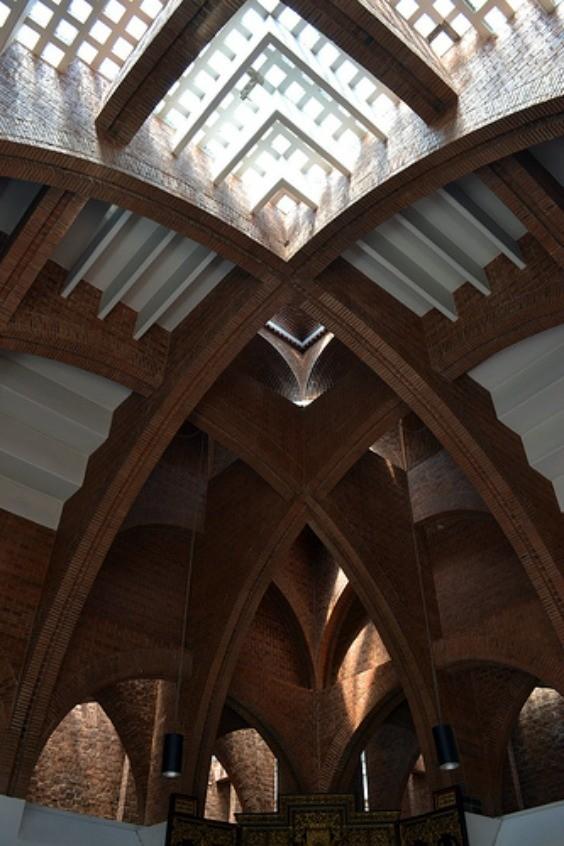 Un recorrido por el pa s a trav s de 15 obras de la for Arquitectos y sus obras