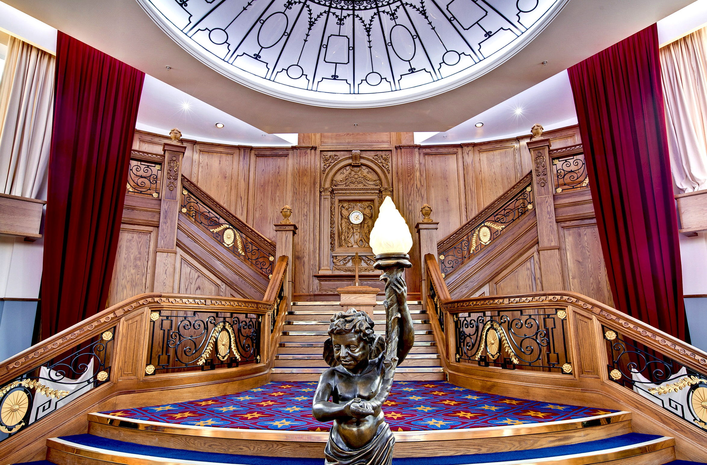El belfast titanic resucita al m tico barco 100 a os for Oficina de turismo de irlanda