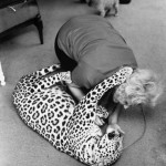 1971_A-woman-plays-with-her-pet-leopard-Florida-1971