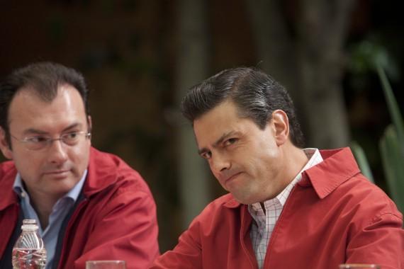 El Secretario de Hacienda y el Presidente Peña Nieto en 2011. Foto: Cuartoscuro