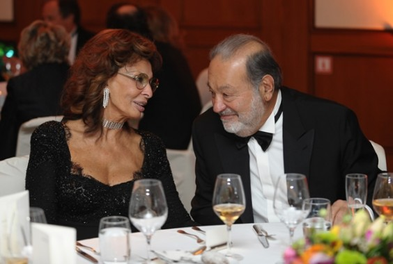 actriz Slim mexicano y la italiana Carlos  Rumoran el que