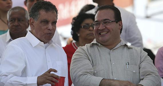 Fidel Herrera y Javier Duarte durante el carnaval de Veracruz. Foto: Cuartoscuro