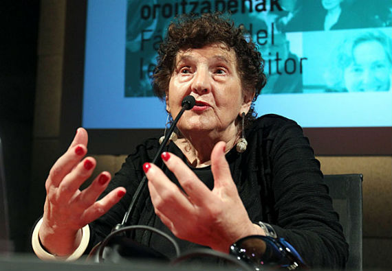 Margo Glantz en Bilbao (Foto: EFE)