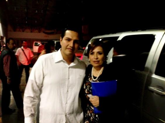 Con la Sria. @Rosario_Robles_ en el evento de la #CruzadaNacionalContraelHambre en Veracruz Foto vía Twitter: @Felipe_Sosa_M