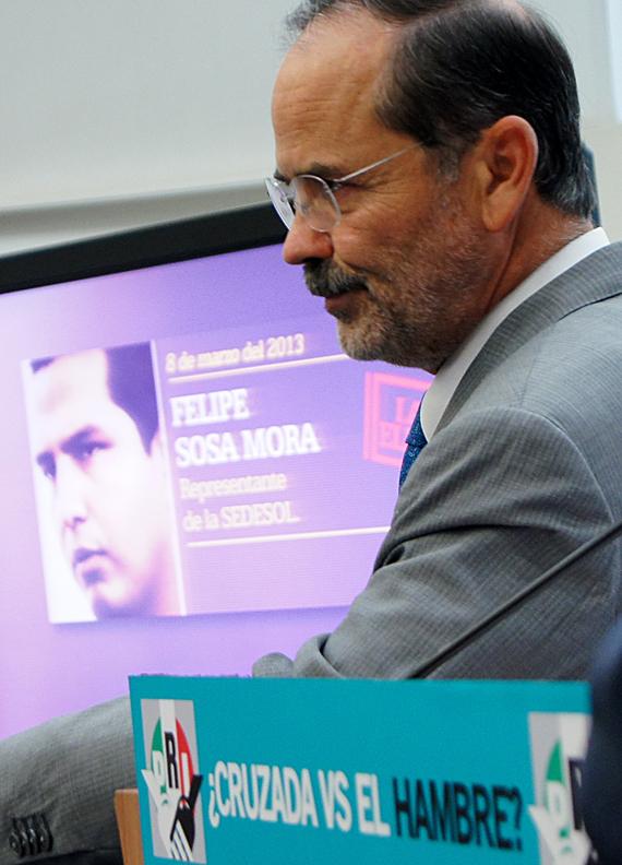 Madero, en conferencia de prensa ayer. Foto: Rebeca Argumedo, SinEmbargo