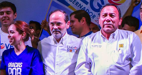 El 8 de enero el PAN y el PRD presentarán su plataforma política ante el Instituto Estatal Electoral de Nayarit, y oficialicen la alianza para registrarla. Foto: Cuartoscuro
