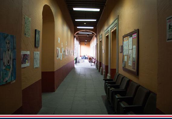 obrera_pasillo