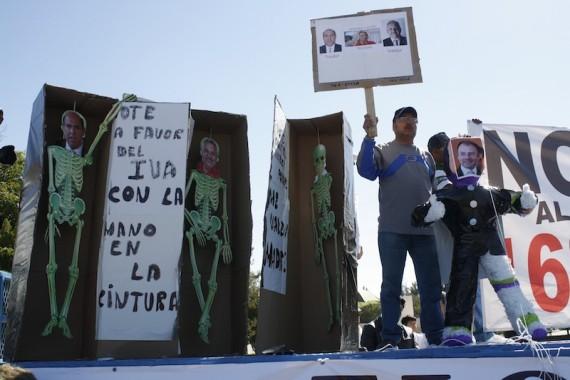 Protesta contra la homologación del IVA en estados fronterizos. Foto: Cuartoscuro