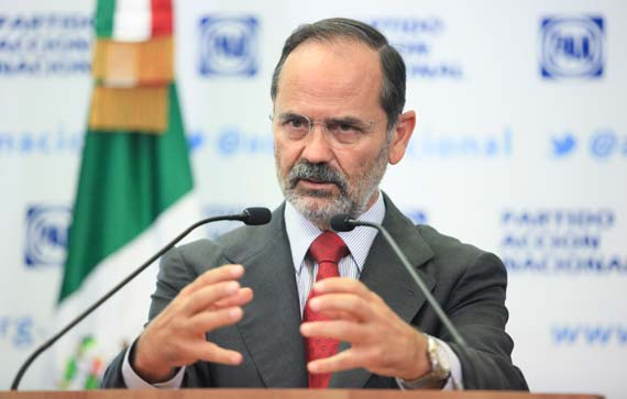 El líder del PAN, Gustavo Madero, coincidió con la creación de la comisión y con que Michoacán es un estado fallido. Foto: Cuartoscuro