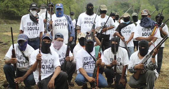 Leonel Rivero Rodríguez, abogado de Defensa Estratégica en Derechos Humanos, dijo que loa defensores que envió Alfredo Castillo ingresaron ilegalmente al penal de Mil Cumbres. Foto: Cuartoscuro.