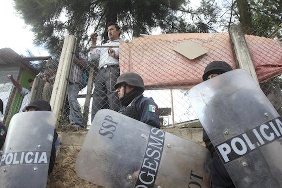 La falta de coordinación policiaca es uno de los factores que facllita el homicidio en México, según el estudio. Foto: Cuartoscuro.