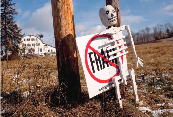 """En poblaciones de EU la gente de movilizó contra el """"fracking"""". Foto: Greenpeace"""