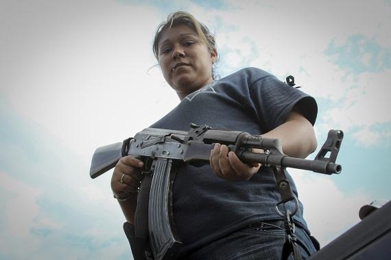 En noviembre, la comunidad de Acahuato se unió a los grupos de autodefensa a pesar de que el Gobernador Fausto Vallejo Figueroa advirtió que no permitirían su expansión en otros municipios. Foto: Cuartoscuro
