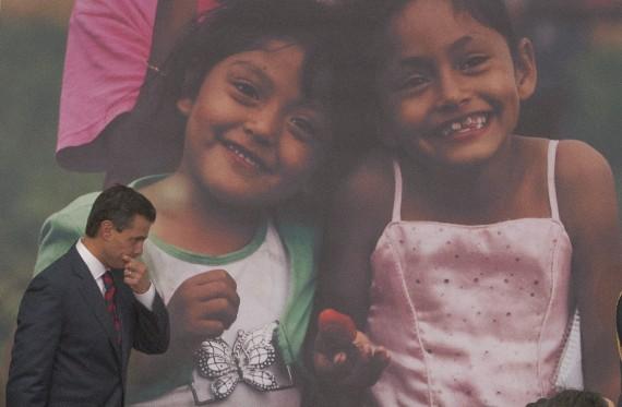 En Chalco, Estado de México, donde se inauguró el Programa Nacional de Solidaridad (Pronasol) durante la administración de Carlos Salinas de Gortari, EPN continúa uno de los proyectos más ambiciosos en el combate a la pobreza: la Cruzada contra el Hambre. Foto: Cuartoscuro