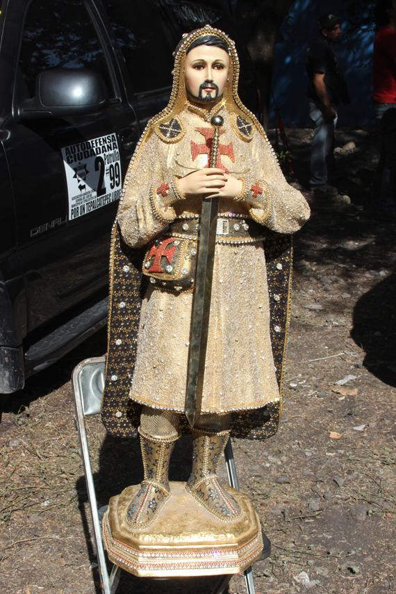 Imagen de Los Templarios decomisada por las guardias comunitarias en Michoacán. Foto: Cuartoscuro