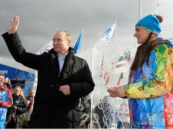 Vladimir Putin visita la Villa Olímpica. Foto: Sochi 2014