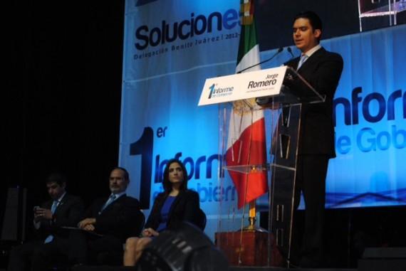 El Delegado de la Benito Juárez presentó su primer informe de gobierno en el Pepsi Chart de la Ciudad de México. Foto: Isaac Zepeda, SinEmbargo