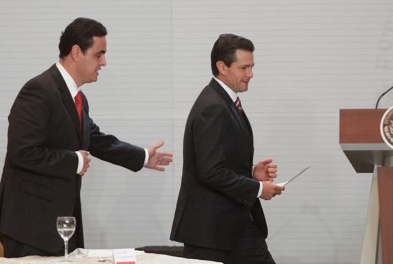 Con el Presidente Peña Nieto, en un evento. Foto: Cuartoscuro