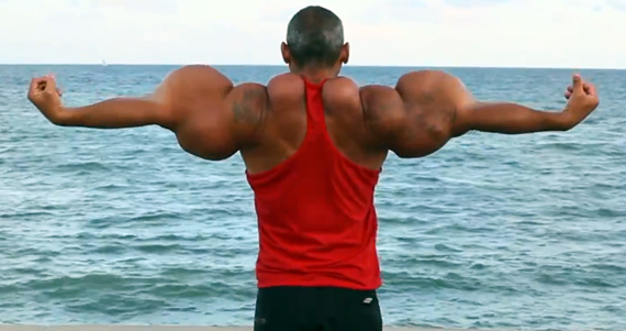 Brazotes, por fin. Foto: Video de Barcroft Media en Youtube