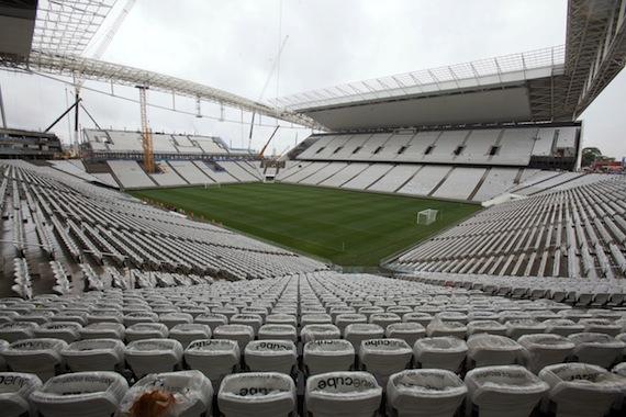 El estadio Arena Corinthians, también conocido como Itaquerão, en Sao Paulo, será la sede inaugural del Mundial 2014. Foto: EFE