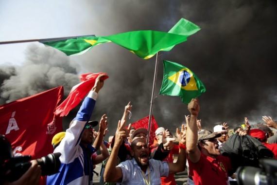 PROTESTA CONTRA REALIZACIÓN DEL MUNDIAL BRASIL 2014