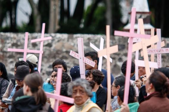 Caravana de familiares de víctimas de feminicidios en el Edomex. Foto: Francisco Cañedo, siN