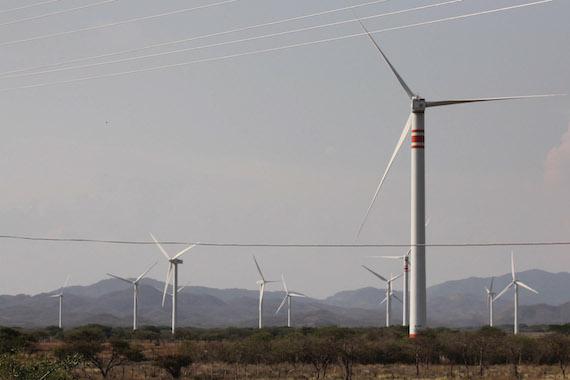 Greenpeace afirmó que hay un entramado legal que permite justificar el fomento del fracking, el fomento de la energía nuclear y el fomento de otro tipo de energías que no son limpias. Foto: Cuartoscuro.