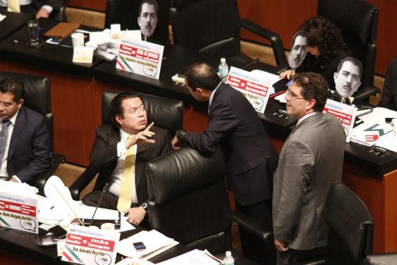 El PRD se pronunció por el tema de mantener los subsidios a la electricidad. Foto: Francisco Cañedo, SinEmbargo