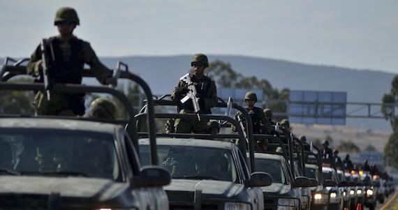 La Policía Federal, el Ejército y la Marina vigilarán las escuelas de ... - SinEmbargo
