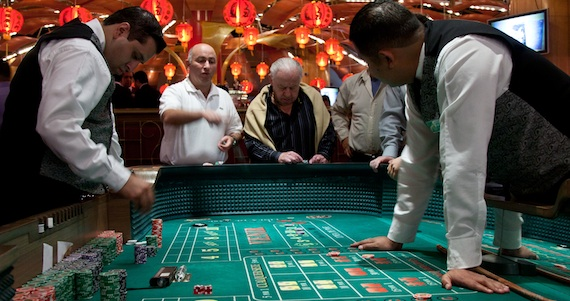 Russian Roulette Casino Game Online