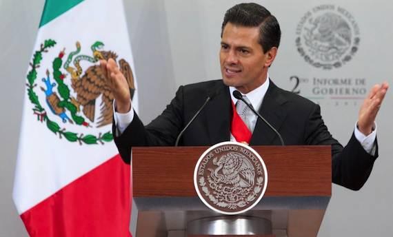 """Peña Nieto se comprometió a aplicar la ley """"tope donde tope"""" Foto: Presidencia."""