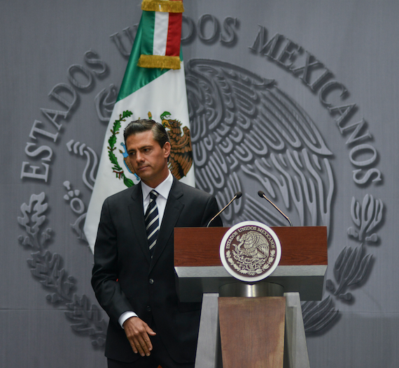 """Peña Nieto  no ha ido a Iguala, a pesar de que lo acontecido la noche del 26 de septiembre representa """"por mucho su mayor crisis"""". Foto: Cuartoscuro."""