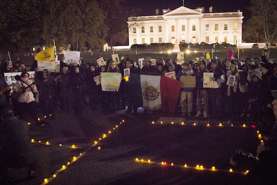 Las protestas por Ayotzinapa le dieron la vuelta al mundo, pero aún falta presionar. Foto: Cortesía, Greta Díaz
