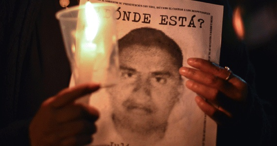 Los normalistas desaparecidos son un reflejo de lo que ocurre en el país: Álvarez Icaza. Foto: Cuartoscuro