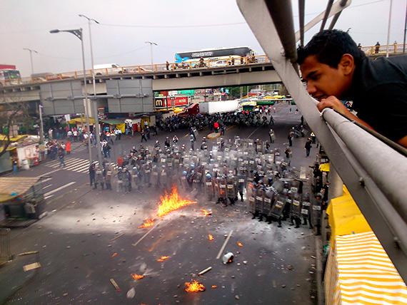 Los choques en las cercanías del aeropuerto. Foto: Cuartoscuro