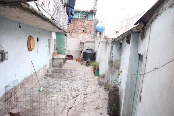 Abarca pasó de vivir en una mansión a una casa humilde. Foto: Cuartoscuro.