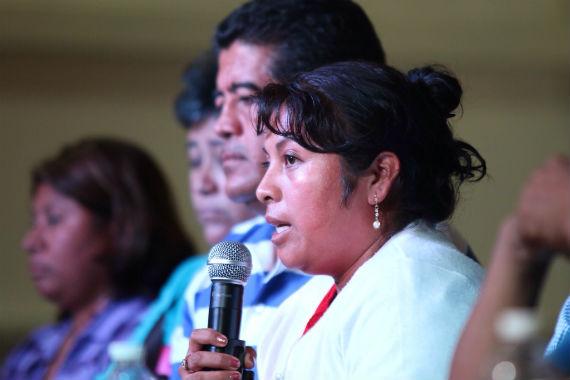 Carmen Cruz aseguró que su hijo, ahora desaparecido, estuvo conectado en redes sociales el 19 de octubre. Foto: Francisco Cañedo, SinEmbargo