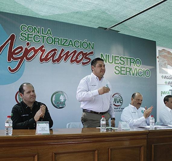 En menos de dos años y medio, Carlos Hermosillo adquirió propiedades con valor de 13 millones. Foto: Gobierno Chihuahua.