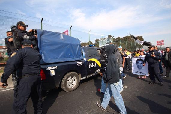 """""""La avanzada"""" defendiendo su posición. Foto, Francisco Castañeda."""