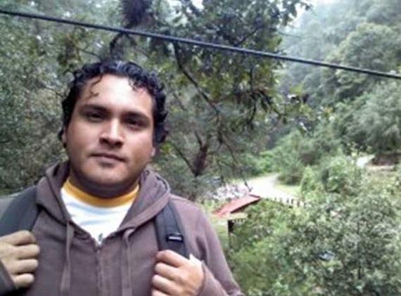 Gustavo Salgado fue hallado sobre la carretera Moyotepec-Las Piedras. Foto: Twitter.