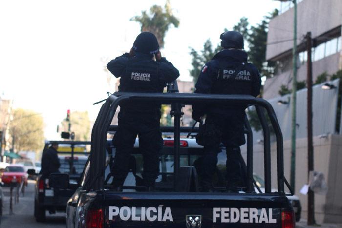 Esta mañana, en la SEIDO. Foto: Francisco Cañedo, SinEmbargo