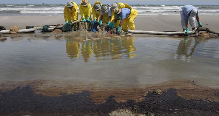 El derrame en el Golfo de México es considerado como el peor de la historia tan sólo en Estados Unidos. Foto: EFE/Archivo.