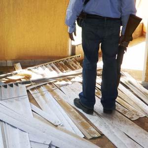 Autodefensas en una de las construcciones de La Fortaleza. Foto Humberto Padgett SinEmbargo.