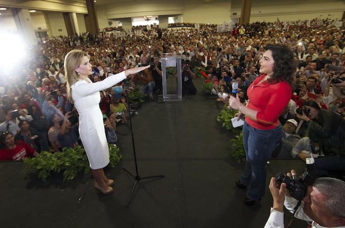 Claudia Pavlovich Arellano tomó protesta como candidata del PRI. Foto: Cuartoscuro