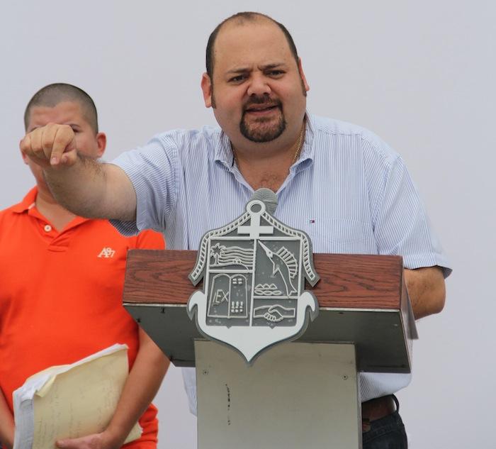 """Ramón Guerrero es conocido como """"El Mochilas"""" por su gusto a viajar. Foto: Especial."""