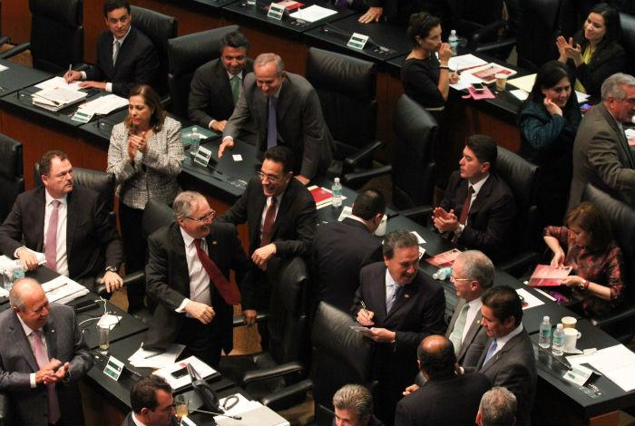 La discusión de la Reforma Energética en el Senado. Foto: Ariana Pérez, SinEmbargo