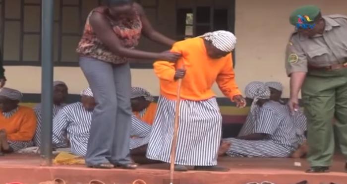 """l encarcelamiento de una mujer tan mayor fue calificado de """"inmoral"""" y """"vergonzoso"""" por muchos kenianos usuarios de Twitter. Foto: Captura de Pantalla"""