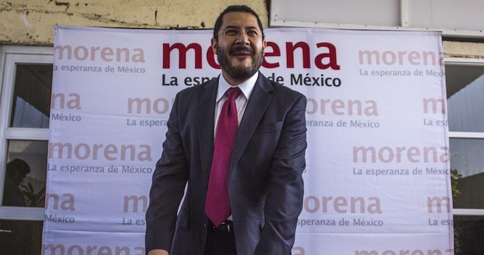 Martí Batres dijo que en Coyoacán e Iztapalapa, cierran las válvulas de agua y en los mítines regalan pipas. Foto: Cuartoscuro