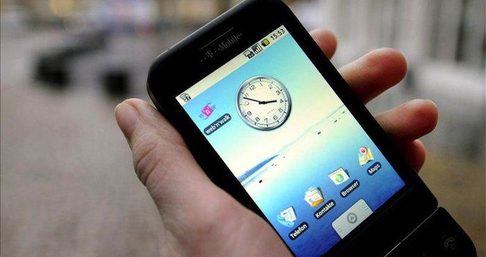 economia aabe lanza google servicio telefonia movil