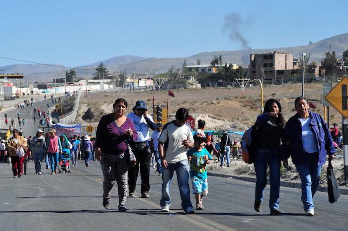 Protestas contra el proyecto minero Tía María de Grupo México. Foto: EFE